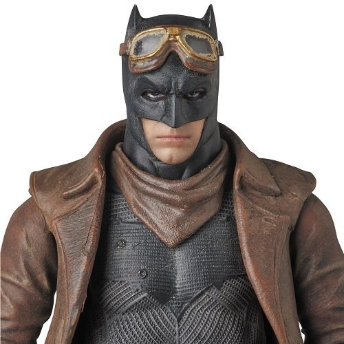 MAFEX KNIGHTMARE BATMAN 배트맨 vs 슈퍼맨 법무부의 탄생