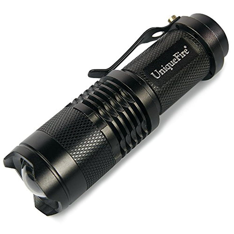 人間シェア州Uniquefire SK68 手のひらサイズ 強力 300ルーメン led ライト 焦点距離が調節できるハイ?パワーLED懐中電灯 防水 防水 ズームフォーカス機能付
