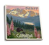 バンフ、カナダ–Bear And Spring Flowers 4 Coaster Set LANT-49326-CT