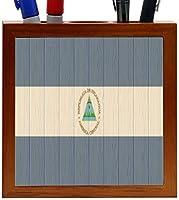 Rikki Knight Nicaragua Flag on Distressed Wood Design 5-Inch Wooden Tile Pen Holder (RK-PH8759) [並行輸入品]