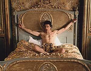 大きな写真「シャーロック・ホームズ」素っ裸のロバート・ダウニー・Jr
