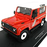 LAND ROVER DEFENDER 90 Station Wagon Red/White 1/18 UniversalHobby [並行輸入品]
