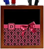 Rikki Knight Letter D Red Monogram Damask Bow Design 5-Inch Tile Wooden Tile Pen Holder (RK-PH41822) [並行輸入品]
