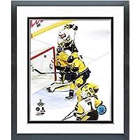 Patric Hornqvist Pittsburgh Penguins 2017 Stanley CupゲームWinning Goalアクション写真(サイズ: 26.5 CM x 30.5 CM )フレーム