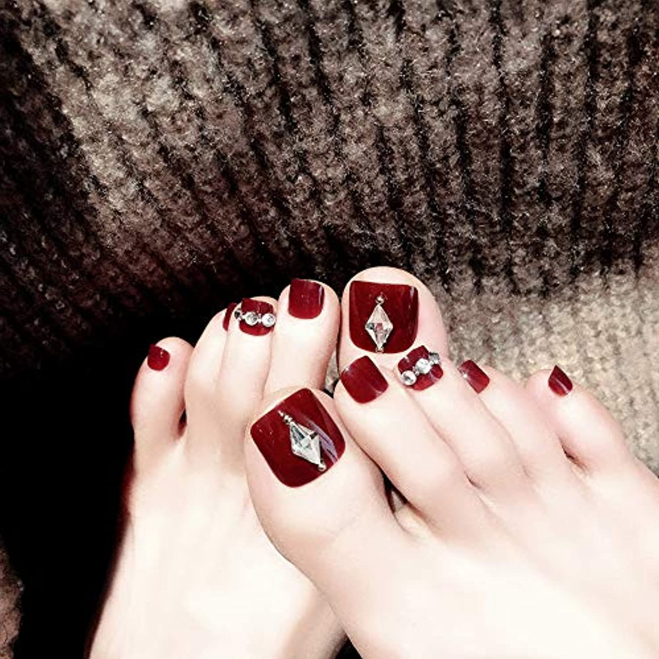 パステルバーベキュー支払いXUTXZKA 24ピース赤ワインつま先偽爪付き人工ダイヤモンドファッションつま先偽爪のための結婚式や毎日のステッカー