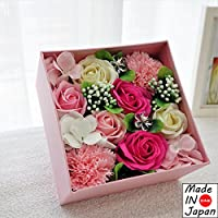 Made in japan BIOフレグランスソープフラワー 窓付きスクエアボックスM 日本デザイン お祝い 記念日 お見舞い ホワイトデー 母の日 父の日 (ピンク)