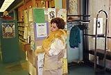 図書館ねこ デューイ  ―町を幸せにしたトラねこの物語 画像
