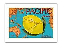 太平洋ブランド - ジョンストンフルーツ - 太平洋マップ - 柑橘類 - ビンテージなフルーツの木箱のラベル c.1917 -プレミアム290gsmジークレーアートプリント - 46cm x 61cm