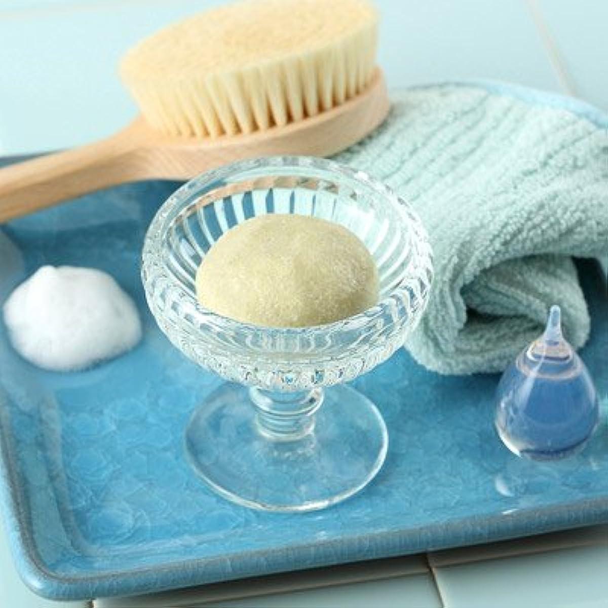 窒息させる排出変装した敏感肌の方にも安心してお使いいただける石鹸 玉川小町「シルクと白樺の無添加手練り石けん(極)80g」