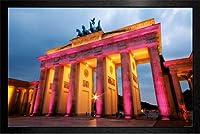 Berlin - Brandenburg Tor Framed Poster - 64x94.5cm