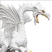 ●アメリカのSafari社が製作した伝説に登場する創造物達のフィギアです。   ドラゴンについて   トカゲに似た、あるいはヘビに似た強く恐ろしい伝説の生物。鋭い爪と牙を持ち、多くは翼をそなえ空を飛ぶことができ、しばしば口や鼻から炎や毒の息を吐くとされています。   大抵は巨大であるとされ、体色は緑色、真紅、純白、 漆黒などさまざまです。   ※諸説ある神話の世界より抜粋されたデザインです。   ※Glow in the Dark仕様(暗闇で光ります)