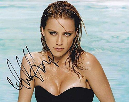 【直筆サイン入り写真 マチェーテ・キルズ リリーのすべて 等 アンバー・ハード Amber Heard /映画 ブロマイド オートグラフ 証明書(COA)・保証書付き】