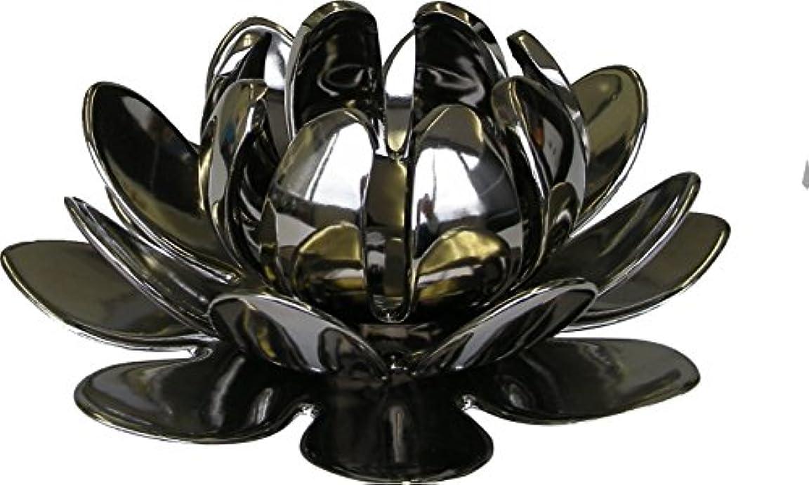 擬人化マナー回想マルエス 燭台 陶器製三連 ロータス 大 シルバー