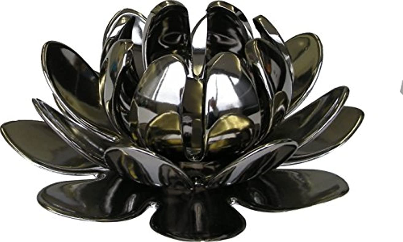 アレイあからさまに同意するマルエス 燭台 陶器製三連 ロータス 大 シルバー