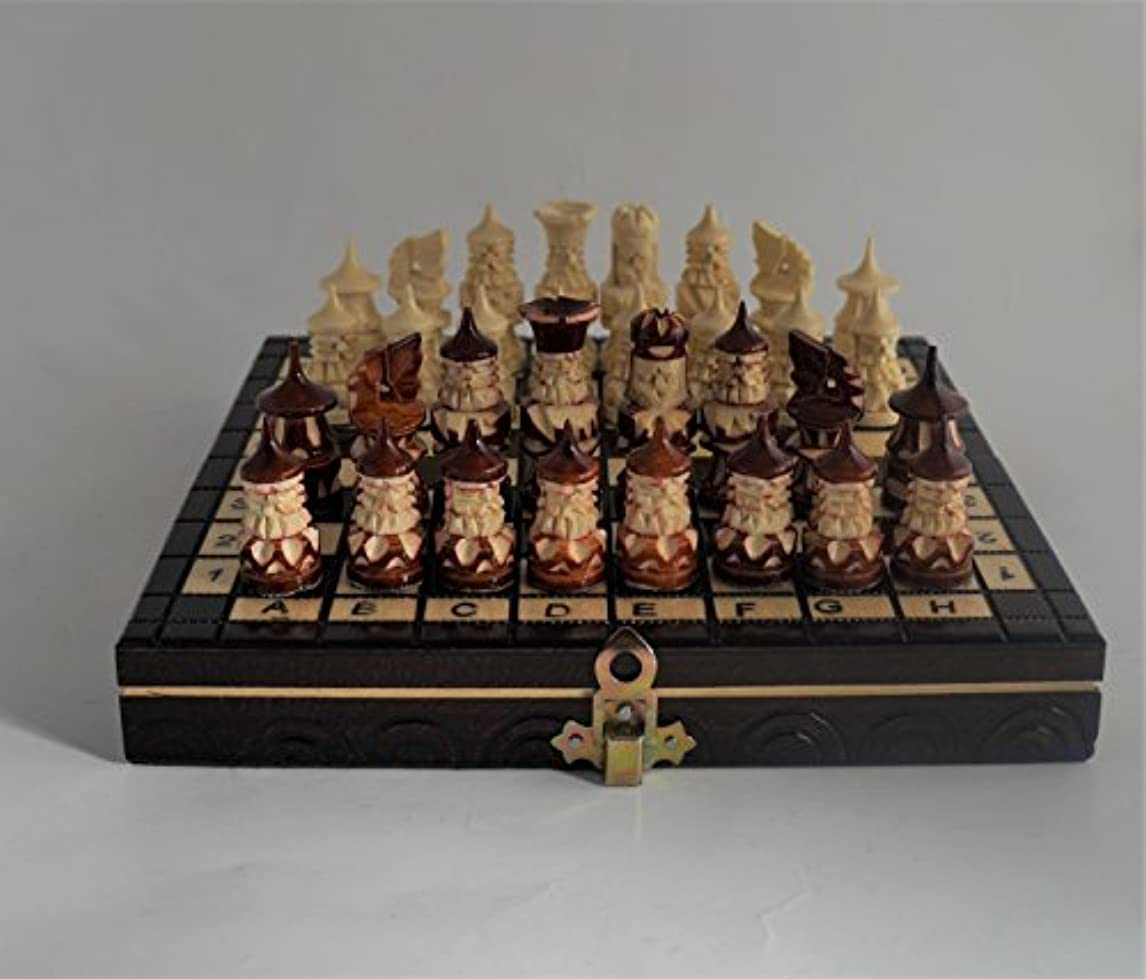 Wood Carved Chess Set/Wooden Chess Board and Pieces