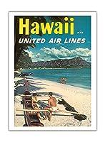 ハワイ - ユナイテッドエアラインズ - ダイヤモンドヘッドクレーターの前でハワイアウトリガーカヌーでのカップル - ビンテージなハワイの旅行のポスター c.1960s - アートポスター - 30.5cm x 41cm