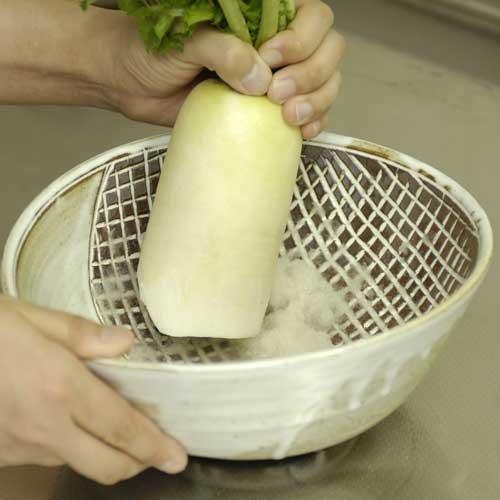 「日本のいいもの 信楽焼き良質な土の風合いを生かした職人手作...