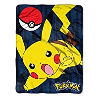 Pokemon Pikachu 46x60 Silk Touch Throw Blanket [並行輸入品]