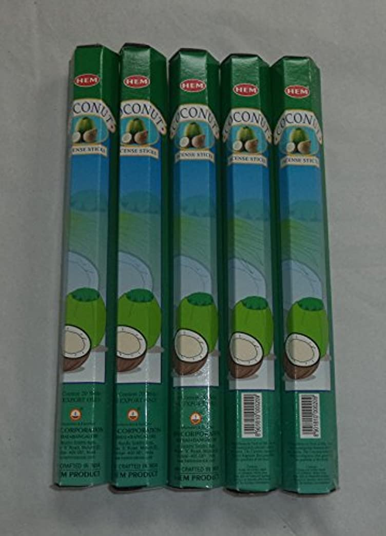 豊かなゴミ差別的HEM Coconut 100 Incense Sticks (5 x 20 stick packs) by Hem