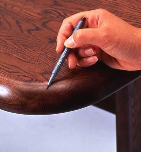 『住まいのマニキュア ブリスターパック ブラック 筆ペンタイプ MB-15』の2枚目の画像
