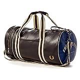 フレッドペリー Fred PerryメンズClassic Barrel Bag カラー: レッド