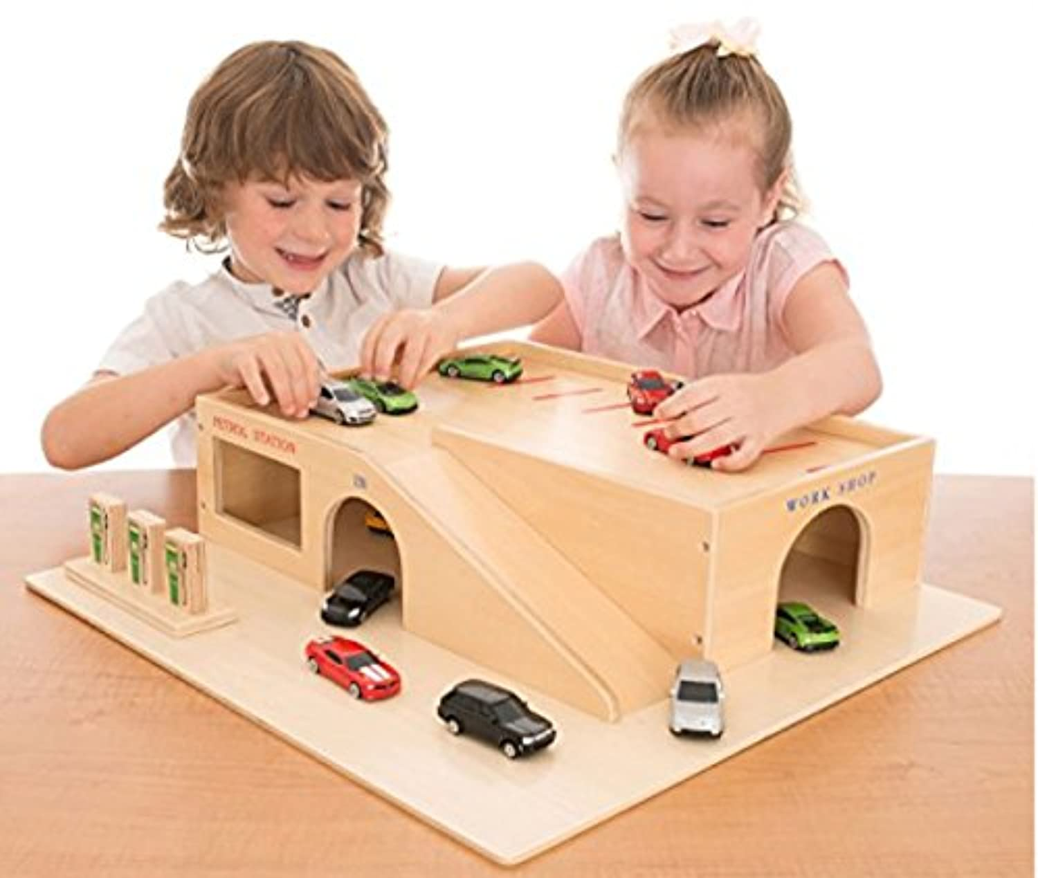 Wooden Play Garage, Cars, Tray & Lid / Heavy Duty - Ideal for Schools and Nurseries [並行輸入品]
