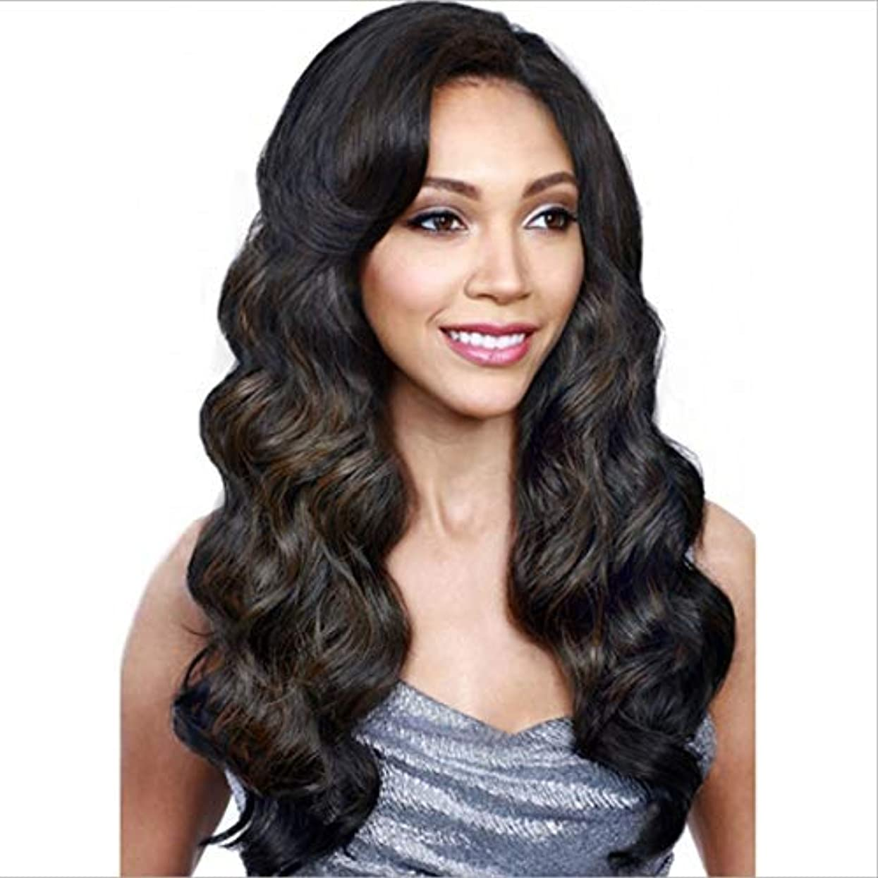 伝染性の財布形状Kerwinner 女性のための長い巻き毛の層状の耐熱性合成毛髪のかつらを分けてヘアセンターで合成女性のかつら