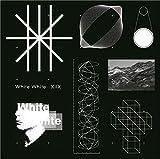 【Amazon.co.jp限定】White White(XIIX「White White」アーティスト写真ポストカード付) 画像