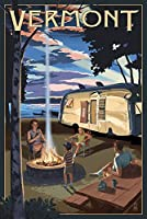 Vermont–レトロCamperと湖 36 x 54 Giclee Print LANT-69250-36x54