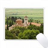 アルバニア、フィア、アポロニアの遺跡、ビザンチン修道院、博物館などがあります。 PC Mouse Pad パソコン マウスパッド