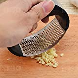 Stainless Steel Garlic Press Crusher Manual Kitchen Gadget