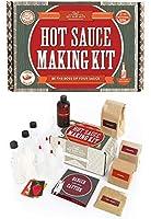ホットソースキット (7つのおいしいグルメボトル)には、5代目農家の先祖伝来のペッパー、フルセットのレシピ、収納用ボトルやその他様々な製品が付属します。 Hot Sauce Kit COMINHKG090751