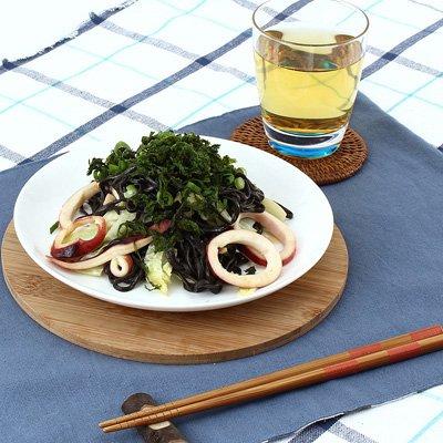 海賊焼5パック イカスミ入りのまっ黒な麺が特徴の伊豆の特色を生かした新しい焼きそば。