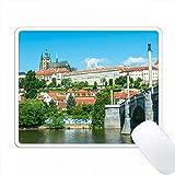 ヨーロッパ、チェコ共和国、ボヘミア、プラハ、プラハ城。 PC Mouse Pad パソコン マウスパッド