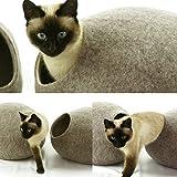 猫ベッド、ペットハウス、洞穴、うたた寝用の繭(コクーン)、100%ウールの100%ハンドメイド、Kivikis製 サンドブラウン色