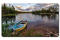 ヘードマルクFylkeの、ノルウェー、森、川、ボート、岩、木、雲 パターンカスタムの マウスパッド 旅行 風景 景色 デスクマット 大 (60cmx35cm)