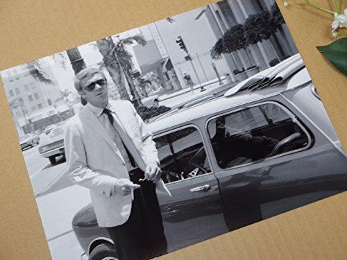 大きな写真、スティーブ・マックイーンとローバー・ミニ