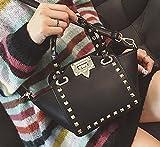 黒 ベージュ 鞄 ハンドバック ショルダーバック 可愛い スタッズ (ブラック)