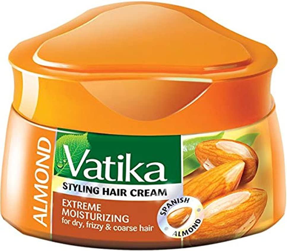 夜間請求可能荒廃するDabur Vatika Natural Styling Hair Cream 140 ml (Extreme Moisturizing (Almond))