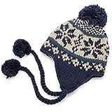 温かさを逃さない冬の主役級耳あてノルディック帽子 ボアフリース雪柄ボンボン耳あて付ニット帽 紺