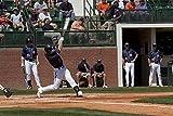 スプリングベースボールゲーム オーバーン大学 オーバーン アラバマ サムフォード スタジアムヒッチコックフィールド 1950年と1996年に開業 4096 ポスタープリント キャロル・ハイスミス作 (18 x 24)