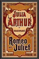 Theアートワーク工場Romeo and Julietヴィンテージポスターをハングアップする準備アートワーク