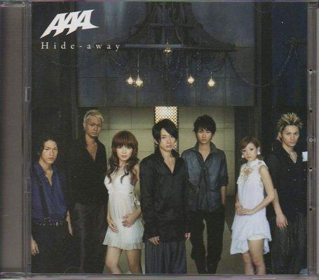 [画像:CD AAA 2009 「Hide-away」 mu-moショップ限定盤]