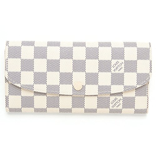 superior quality 600f5 c375c 風水的にも◎】白(ホワイト)のメンズブランド財布おすすめ10選 ...