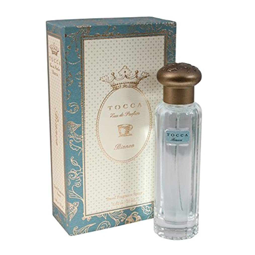 社員外科医節約するトッカ(TOCCA)  トラベルフレグランススプレー ビアンカの香り 20ml(香水 オードパルファム 海を眺めながらのティータイムのようなグリーンティーとシトラス、ローズが溶け合う爽やかで甘い香り)