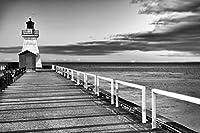 ポスター ファウンドリー オールドファッション ライトハウス エンド ピアオーシャンウォータースクラウド 写真 54x36 inches 306787