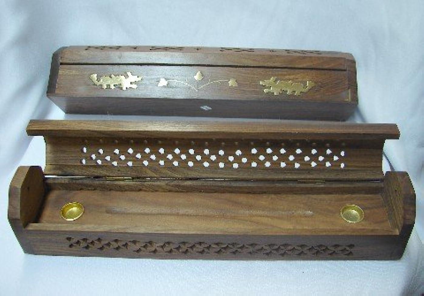 むさぼり食う修道院中世のWooden Incense Burner