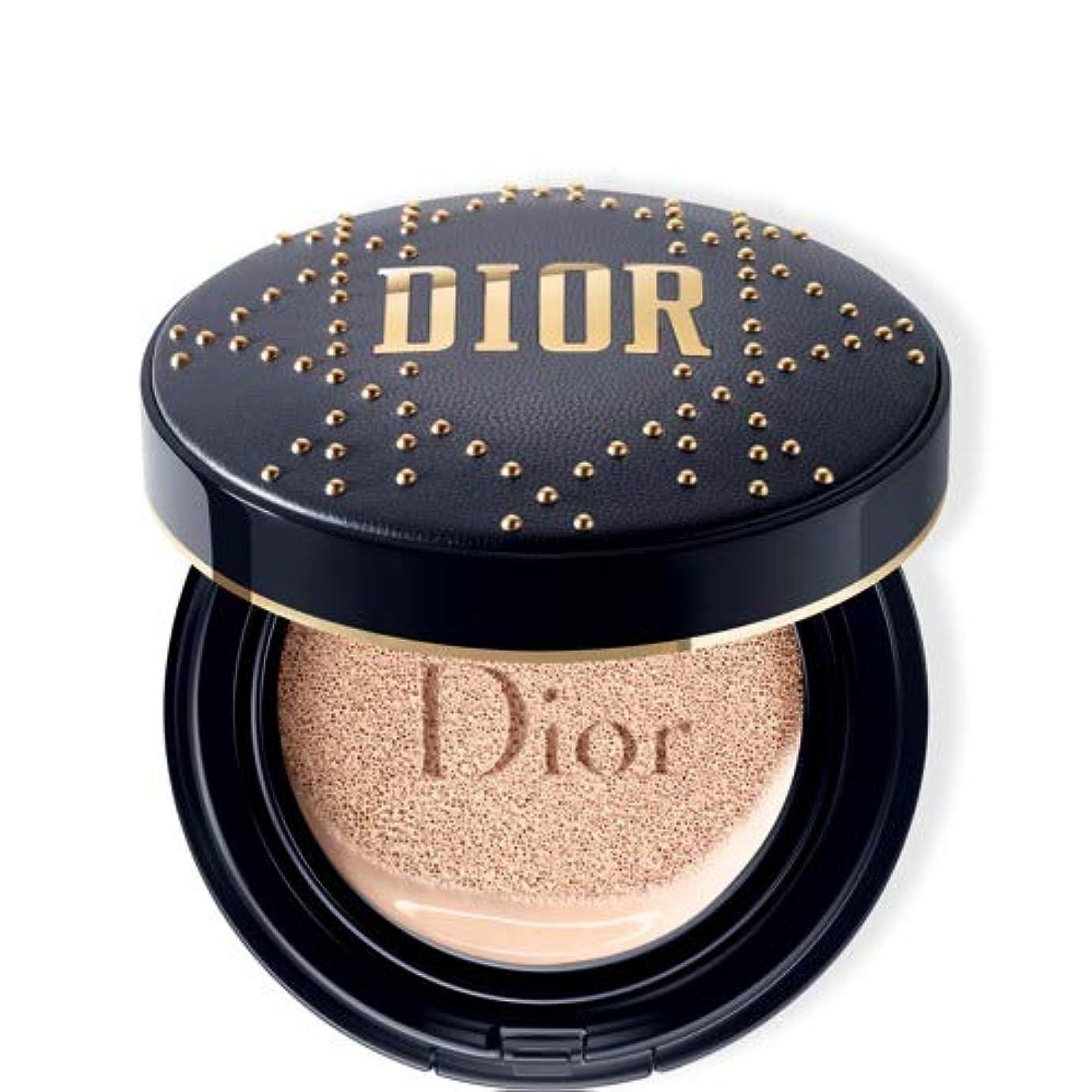 幅返還指紋Dior(ディオール)スキン フォーエヴァー クッション - 限定スタッズ カナージュ ケース #020