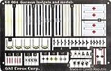 【 WWⅡ ドイツ軍 1/35 塗装済エッチング 袖章・勲章 】 エデュアルド社製 caGE004// ジオラマのディテールアップに効果を発揮します Mr.ホビー