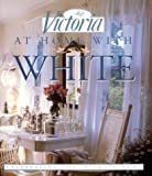 Victoria at Home With White 画像